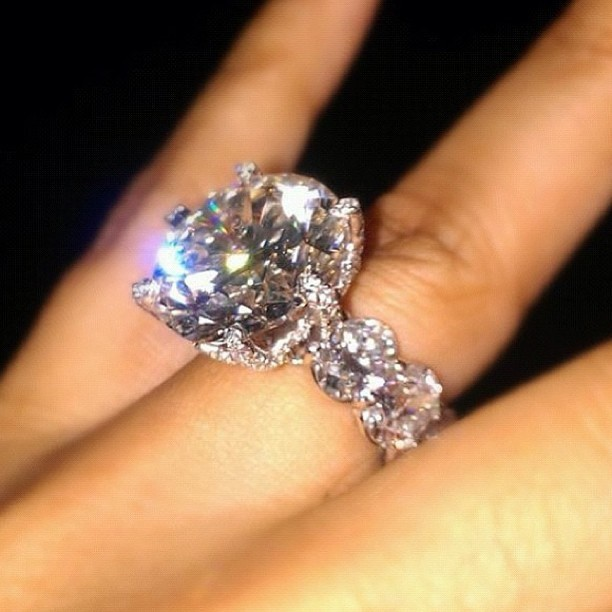 A Larger Than Life Celebrity Like Wendy Williams Deserves Only The Best Her Sparkling Diamond Wedding Ring Is Definitely Something That Fits